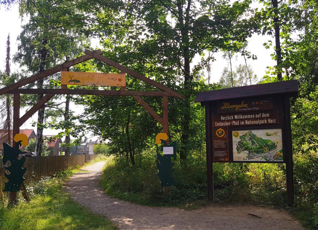 Eingang Start Löwenzahn-Entdeckerpfad im Nationalpark Harz